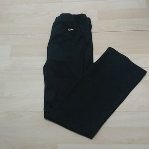 3/22$ Nike Fit Dry womens pants